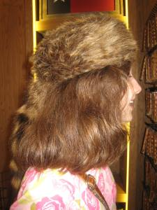 Katy tried on a coonskin cap. It wasn't very effective as it's nearly the same color as her hair and you couldn't really tell she was wearing it.