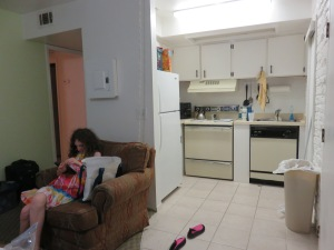 And turning around to look at the kitchen.