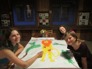 Painting the Cowardly Lion for the banquet.